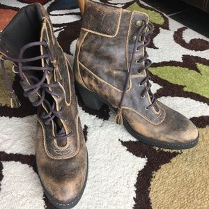 Timberland Distressed Look lace up Boots 10